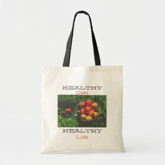 White Budget Tote bag with apples and text