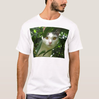 White cat with Yellow eyes T-Shirt