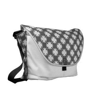 White Clover Ribbon Commuter Bag