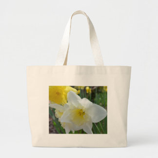 White Daffodil with Yellow Center Jumbo Tote Bag