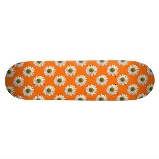 White daisies on orange 21.3 cm mini skateboard deck