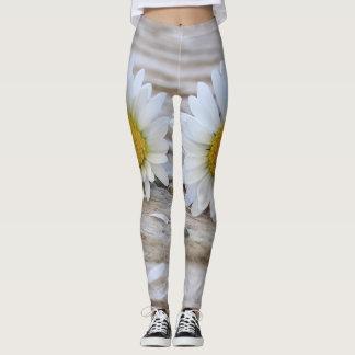 White daisy leggings