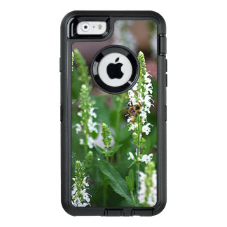 White Flower Bee Otterbox iPhone 6/6s case