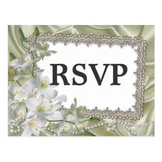 White Flowers Theme Wedding RSVP Postcard
