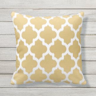 White & Gold Quatrefoil Ikat Geometric Pattern Cushion