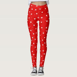 White HeartsOn Red Seamless Pattern Leggings
