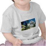 white Historic Uniacke House, Nova Scotia flowers Tee Shirts