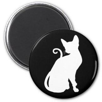 White House Cat 6 Cm Round Magnet