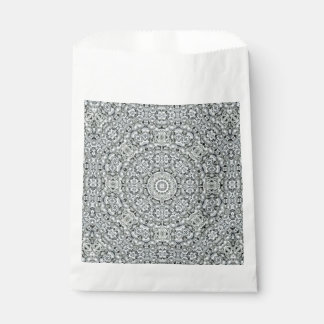 White Leaf Vintage Kaleidoscope   Favor Bags