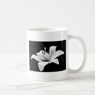 White lily mugs