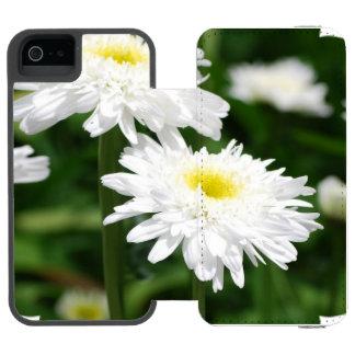 White Mums Incipio Watson™ iPhone 5 Wallet Case