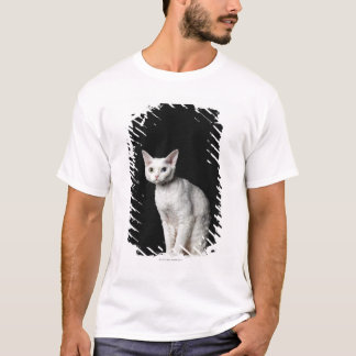 White odd-eyed cat 3 T-Shirt