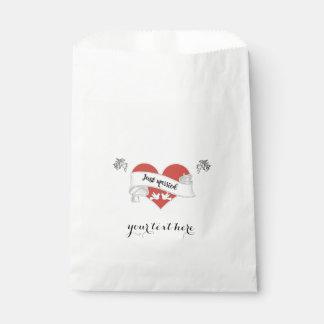White Paper Wedding Favor Bag - Customizable Favour Bags