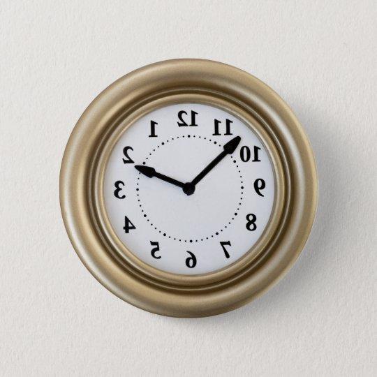 White rabbit's clock 6 cm round badge