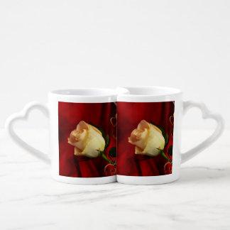 White rose on red background coffee mug set