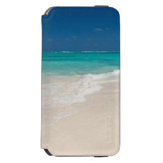 White Sand Beach and Clear Turquoise Water Incipio Watson™ iPhone 6 Wallet Case