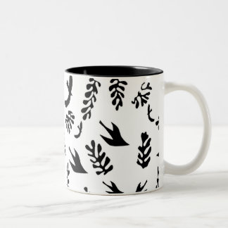 WHITE SEASCAPE COFFEE MUGS