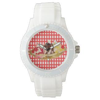 White sporty watch with retro fun design!