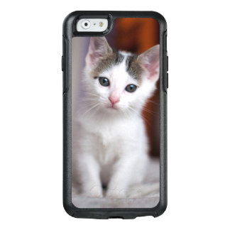 White Spotted Kitty OtterBox iPhone 6/6s Case