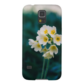 White Wildflowers On A Teal Background Galaxy S5 Cases