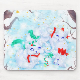 White Wonderland Foxes Mouse Pad