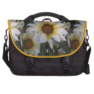 WHITE YELLOW FLOWERS COMMUTER BAG
