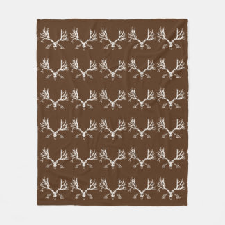 Whitetail deer skull w fleece blanket