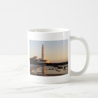 WHITLEY BAY LIGHTHOUSE COFFEE MUG