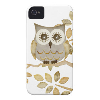 Wide Eyes Owl in Tree Case-Mate iPhone 4 Case