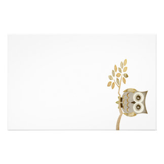 Wide Eyes Owl in Tree Stationery