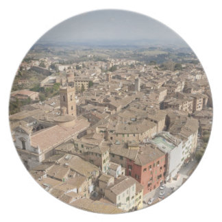 Wide shot of the hill town of Siena, Italy, Plate