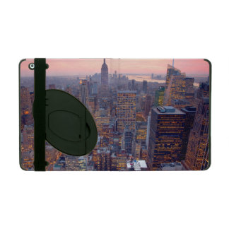 Wide view of Manhattan at sunset iPad Cover