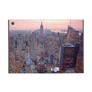 Wide view of Manhattan at sunset iPad Mini Cover