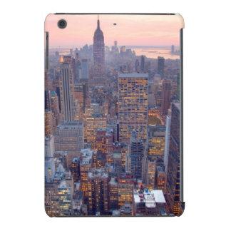 Wide view of Manhattan at sunset iPad Mini Retina Cases