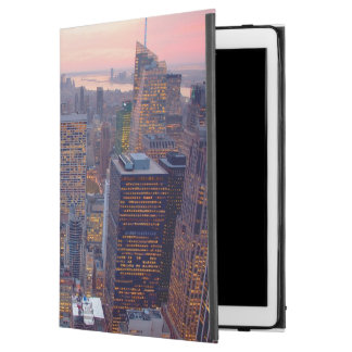 """Wide view of Manhattan at sunset iPad Pro 12.9"""" Case"""