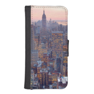Wide view of Manhattan at sunset iPhone SE/5/5s Wallet Case