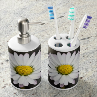 Wild Daisies White and Yellow Soap Dispenser And Toothbrush Holder
