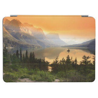 Wild goose island in Glacier national park iPad Air Cover