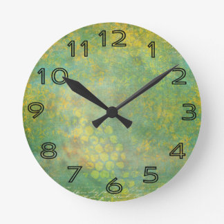 Wild Green Spots Grungy Cool Round Clock