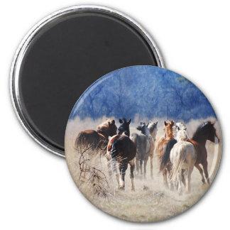 Wild horses running 6 cm round magnet