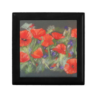 Wild red poppies display small square gift box