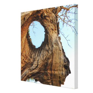 WILD TREE CANVAS PRINT