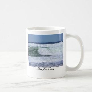 WILD WINTER WAVE, Hampton Beach Basic White Mug