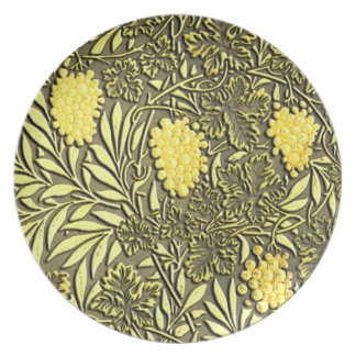 William Morris grapes pattern Plate