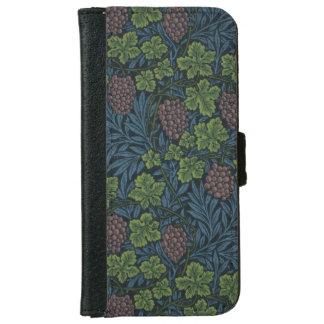 William Morris Vine Wallpaper Design iPhone 6 Wallet Case