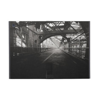 Williamsburg Bridge Architecture - New York City iPad Mini Case