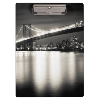 Williamsburg bridge in New York City at night Clipboard