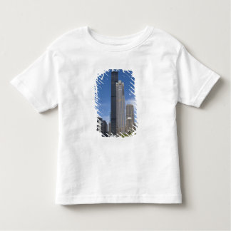 Willis Tower (previously the Sears Tower) looms Toddler T-Shirt