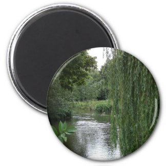 willow view 6 cm round magnet