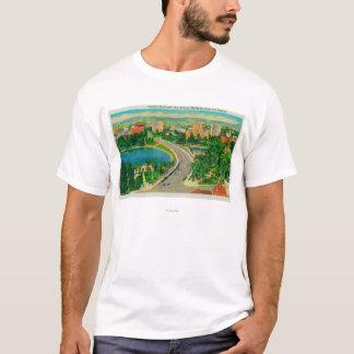 Wilshire Boulevard, Gen. Douglas MacArthur T-Shirt